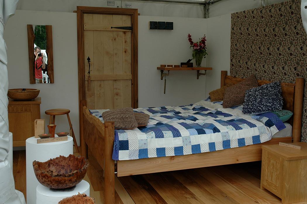 elm-slab-bed-2