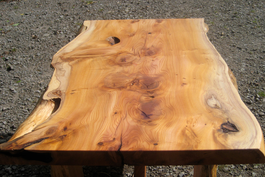 yew-coffee-table-2